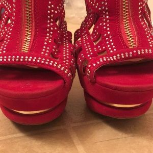 Alba Shoes - Red High Heels With Stylish Clear Rhinestones Sz.8